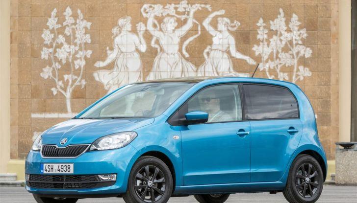 Skoda Vision iV: a Ginevra arriva l'auto elettrica del futuro - Foto 2 di 22