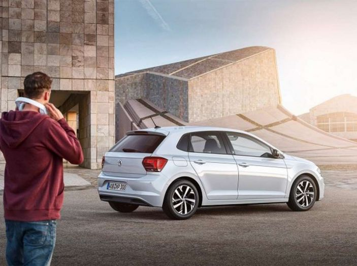 Nuova Volkswagen Polo 2018: dettagli, motori e allestimenti - Foto 13 di 21