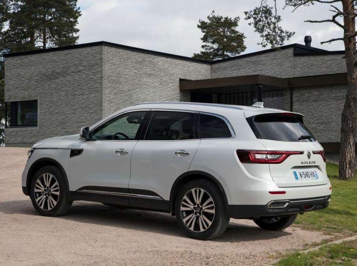 Nuovo Renault Koleos: prezzi, caratteristiche e consumi - Foto 15 di 18