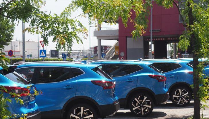 Nissan Qashqai in promozione da 19.250 Euro con formula Intelligent Bonus - Foto 10 di 46