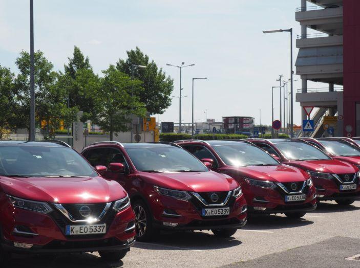 Nissan Qashqai in promozione da 19.250 Euro con formula Intelligent Bonus - Foto 11 di 46