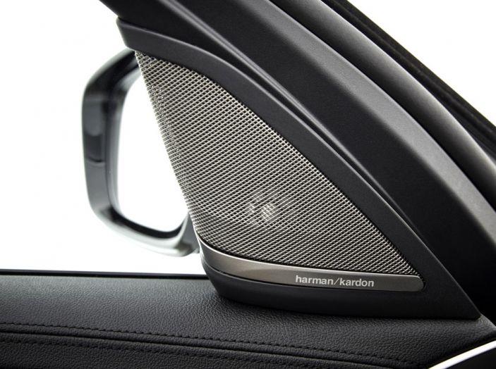 Nuova BMW Serie 5 Touring: Business Class su quattro ruote - Foto 15 di 31