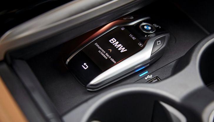Nuova BMW Serie 5 Touring: Business Class su quattro ruote - Foto 5 di 31