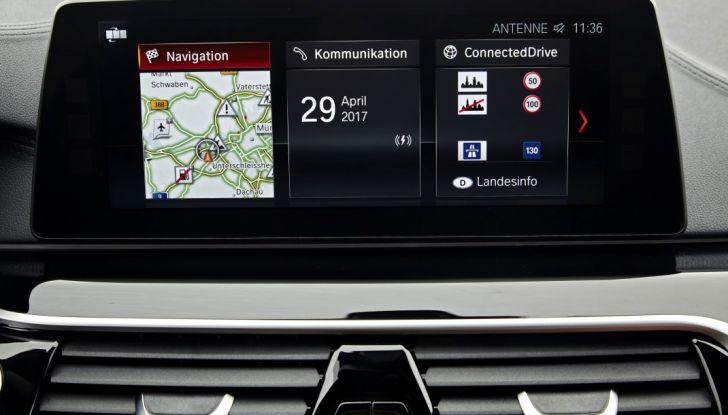Nuova BMW Serie 5 Touring: Business Class su quattro ruote - Foto 20 di 31