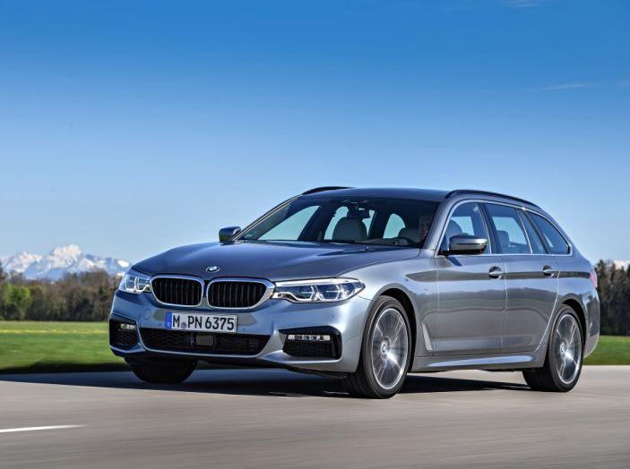 Nuova BMW Serie 5 Touring: Business Class su quattro ruote - Foto 9 di 31