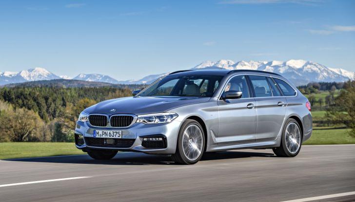 Nuova BMW Serie 5 Touring: Business Class su quattro ruote - Foto 18 di 31