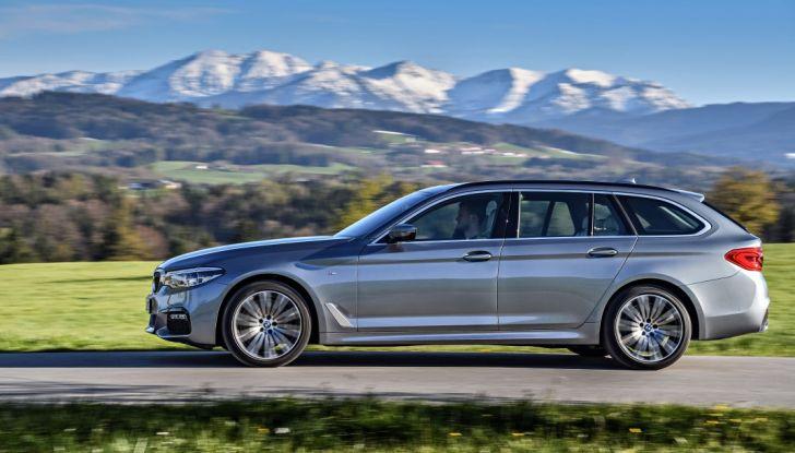 Nuova BMW Serie 5 Touring: Business Class su quattro ruote - Foto 11 di 31