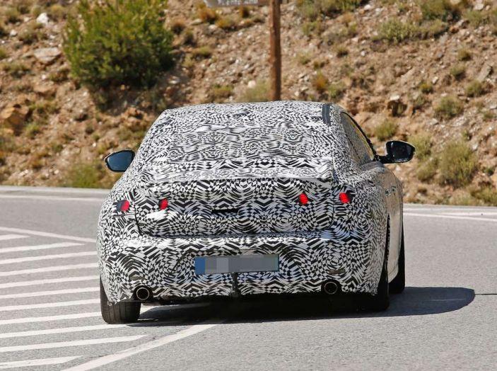 Peugeot 508 2018 immagini e dettagli - Foto 5 di 11