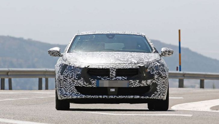 Peugeot 508 2018 immagini e dettagli - Foto 4 di 11