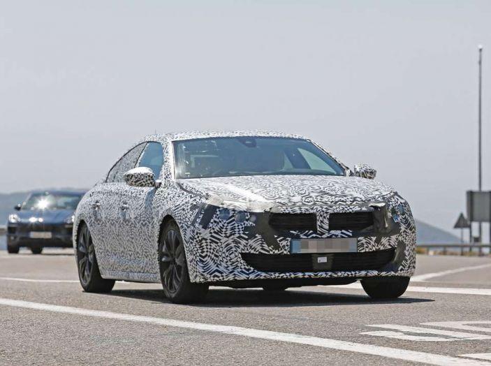 Peugeot 508 2018 immagini e dettagli - Foto 2 di 11