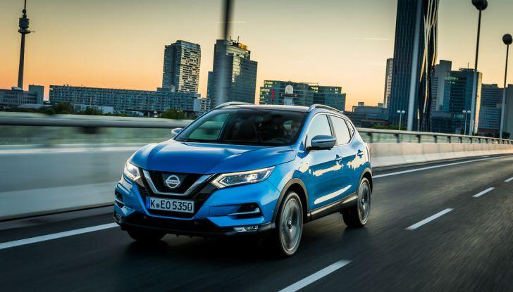 Nissan Qashqai in promozione da 19.250 Euro con formula Intelligent Bonus - Foto 2 di 46