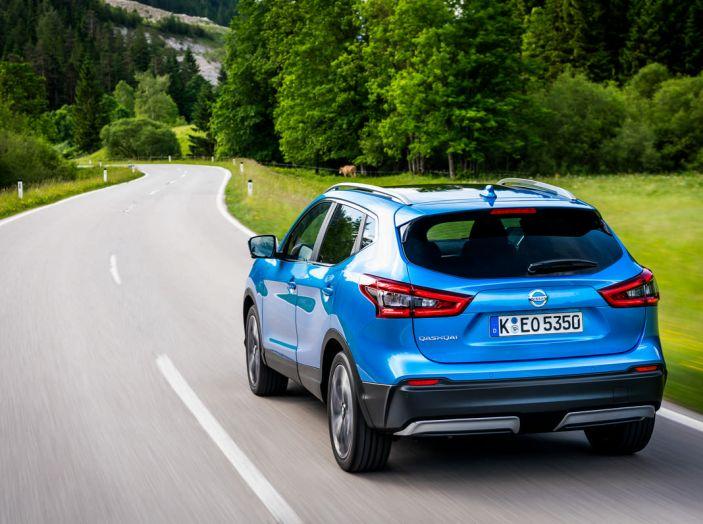 Nissan Qashqai in promozione da 19.250 Euro con formula Intelligent Bonus - Foto 15 di 46