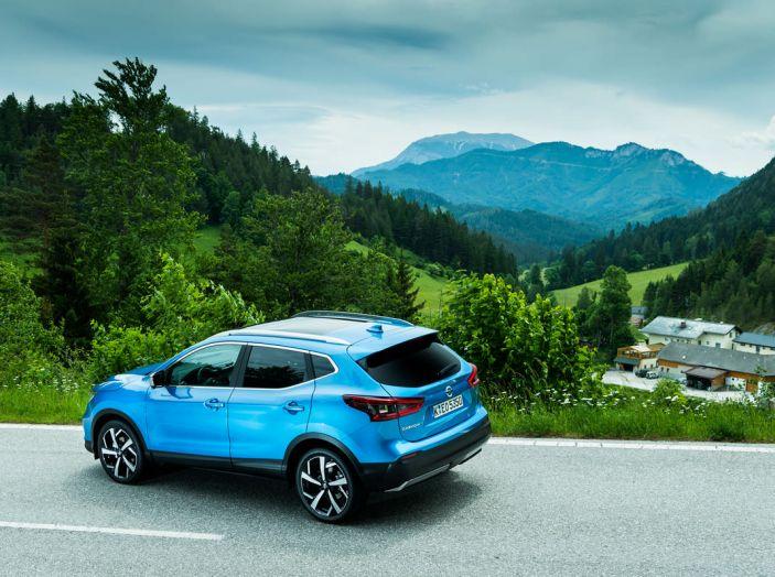 Nissan Qashqai in promozione da 19.250 Euro con formula Intelligent Bonus - Foto 17 di 46
