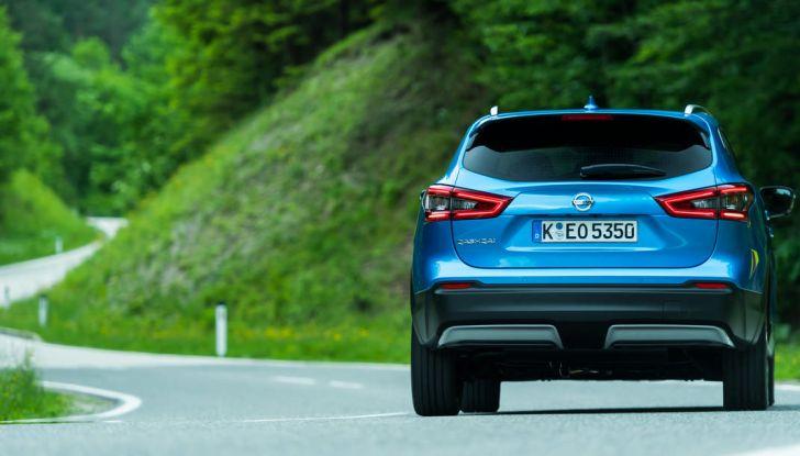 Nissan Qashqai in promozione da 19.250 Euro con formula Intelligent Bonus - Foto 18 di 46