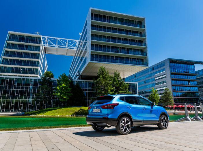 Nissan Qashqai in promozione da 19.250 Euro con formula Intelligent Bonus - Foto 21 di 46