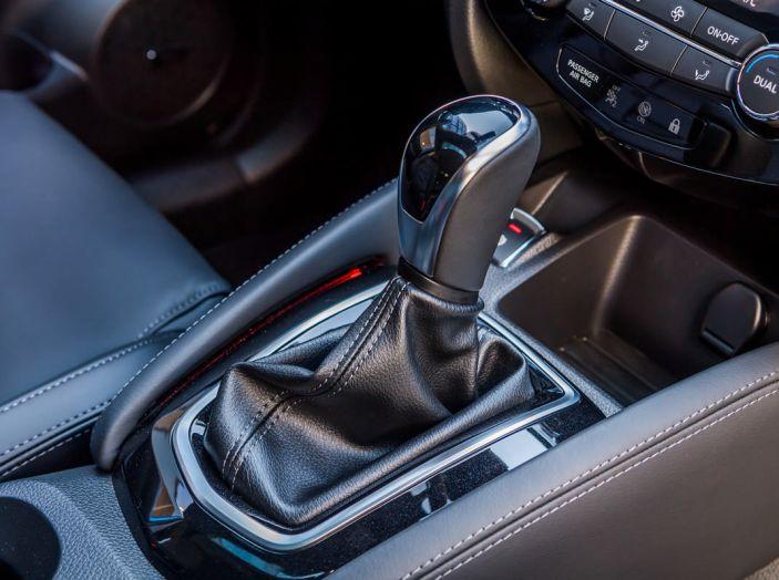 Nuova Nissan Qashqai 2017: prova su strada, nuovi motori e più comfort - Foto 25 di 46