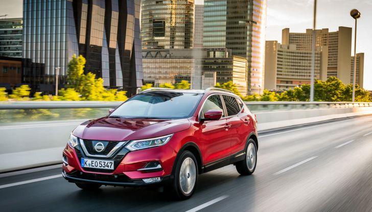 Nissan Qashqai in promozione da 19.250 Euro con formula Intelligent Bonus - Foto 37 di 46
