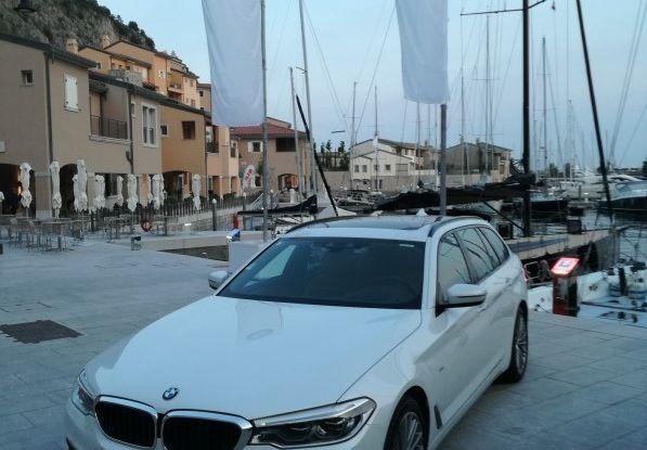 Nuova BMW Serie 5 Touring: Business Class su quattro ruote - Foto 30 di 31