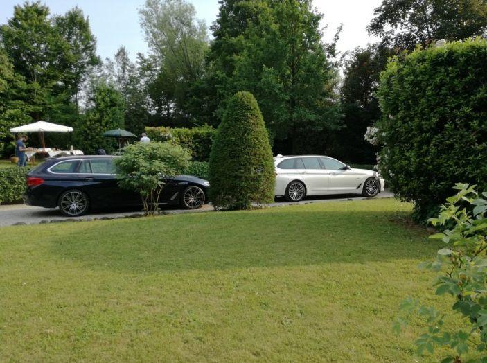 Nuova BMW Serie 5 Touring: Business Class su quattro ruote - Foto 23 di 31