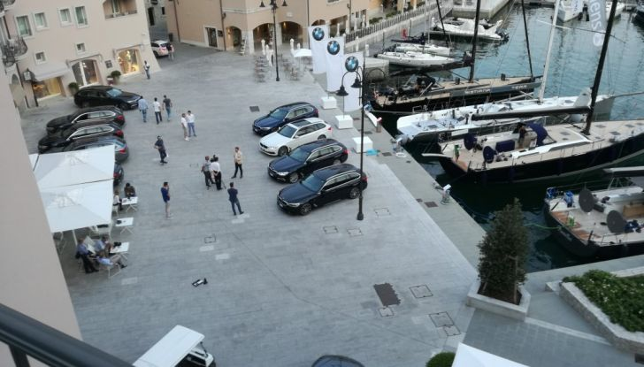 Nuova BMW Serie 5 Touring: Business Class su quattro ruote - Foto 26 di 31