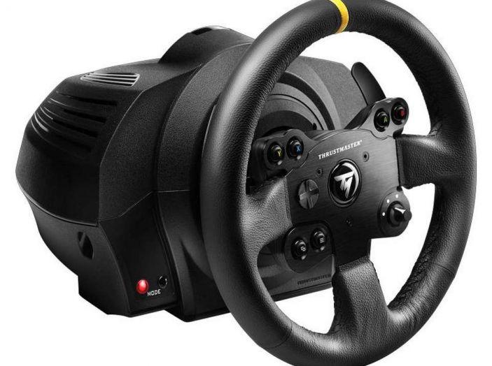 Thrustmaster TX Leather Edition, recensione del migliore volante per Xbox One - Foto 5 di 5