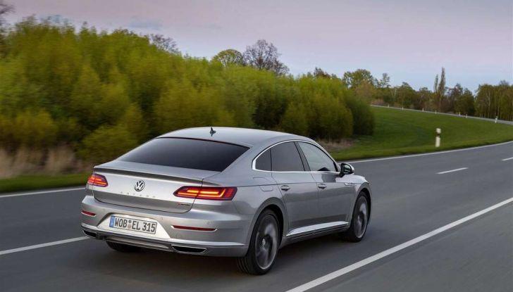 Volkswagen Arteon, informazioni e prezzi per l'Italia - Foto 2 di 14