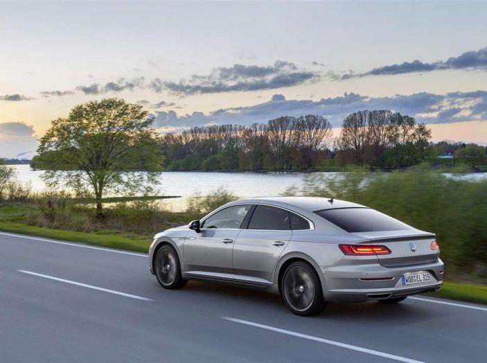 Volkswagen Arteon, informazioni e prezzi per l'Italia - Foto 11 di 14