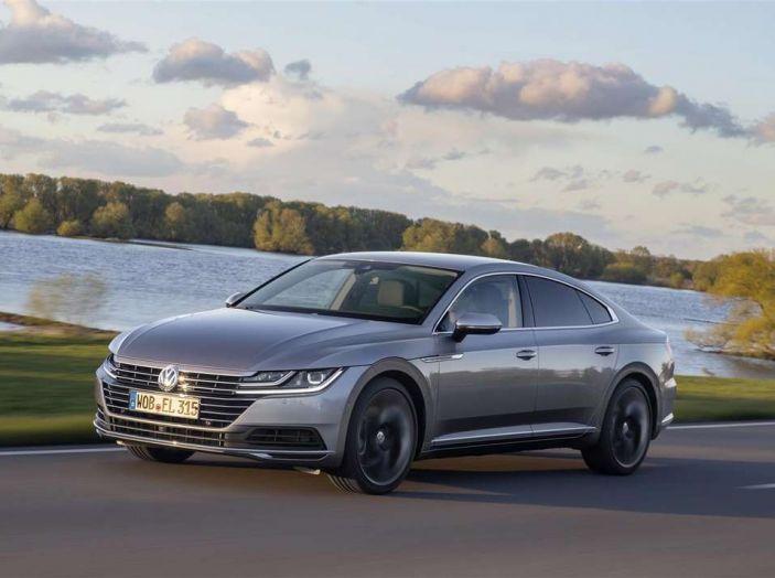 Volkswagen Arteon, informazioni e prezzi per l'Italia - Foto 8 di 14