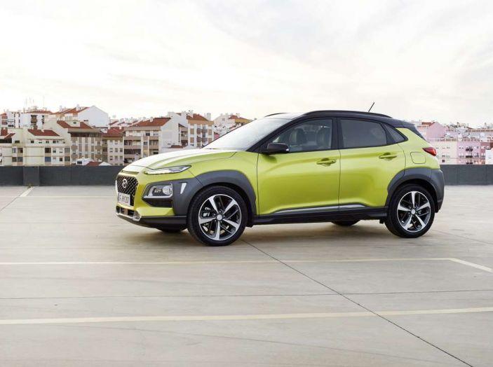 Hyundai Kona, dettagli e caratteristiche del nuovo SUV - Foto 1 di 21