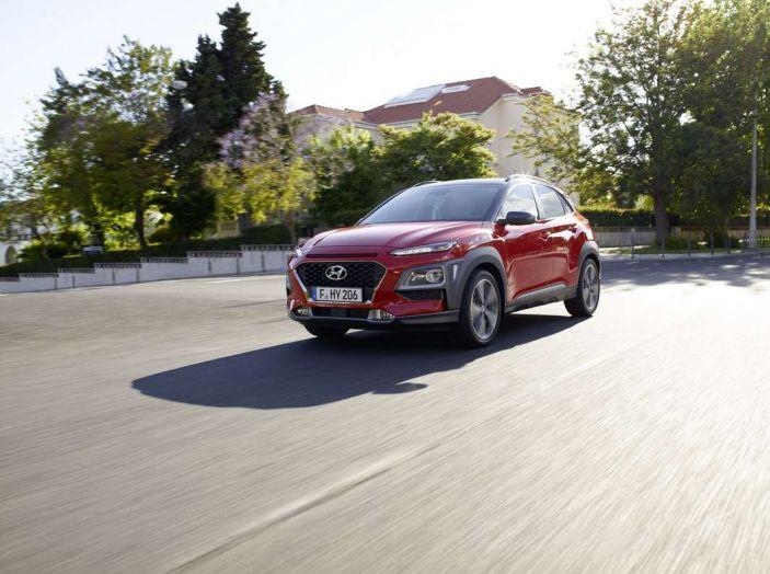 Hyundai Kona, dettagli e caratteristiche del nuovo SUV - Foto 20 di 21