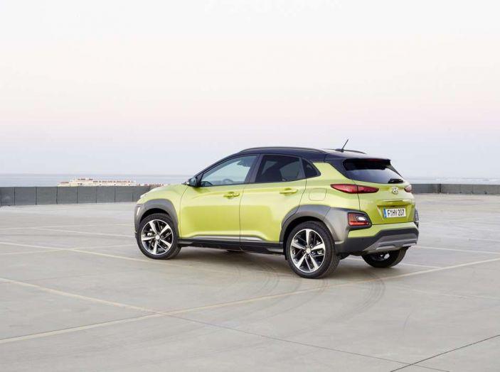 Hyundai Kona, dettagli e caratteristiche del nuovo SUV - Foto 3 di 21