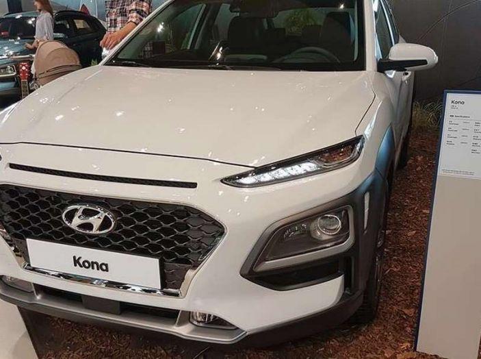 Hyundai Kona, dettagli e caratteristiche del nuovo SUV - Foto 17 di 21