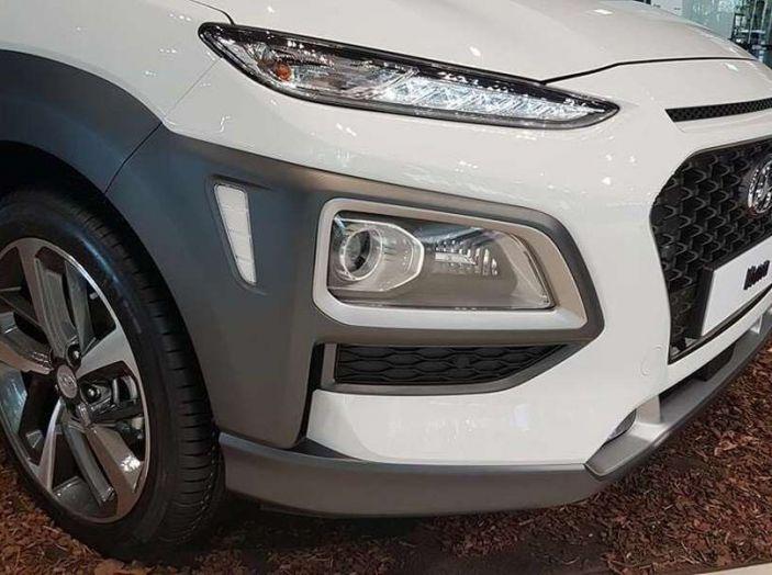 Hyundai Kona, dettagli e caratteristiche del nuovo SUV - Foto 18 di 21