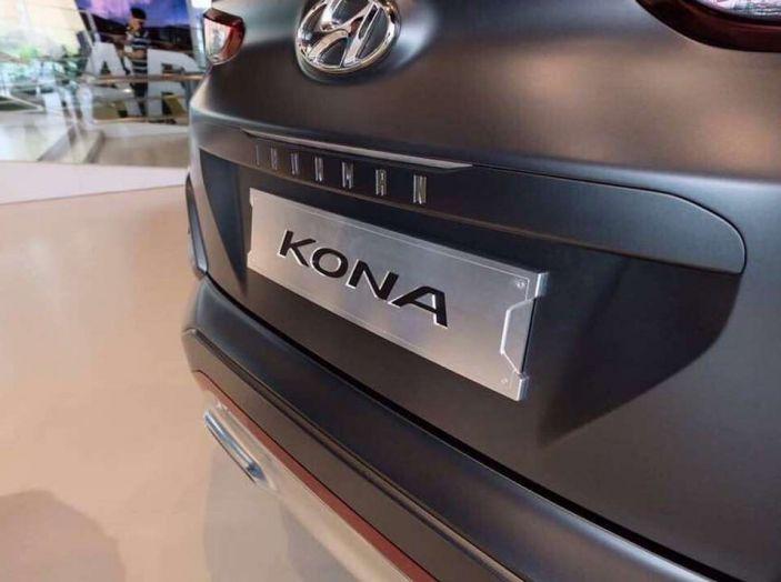 Hyundai Kona, dettagli e caratteristiche del nuovo SUV - Foto 13 di 21