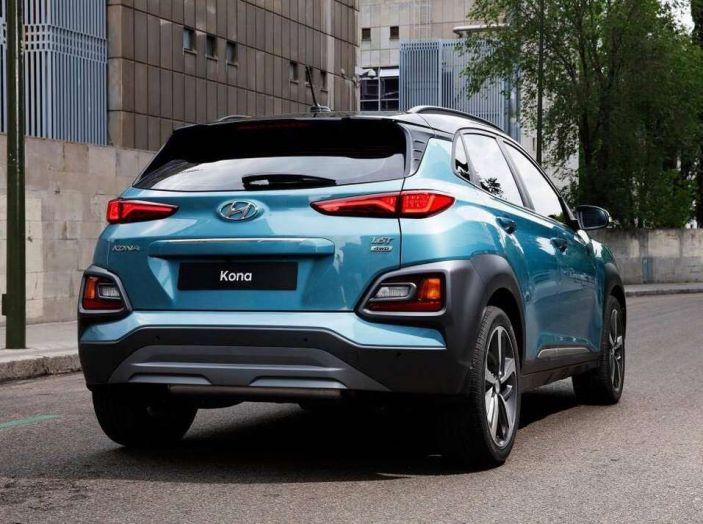 Hyundai Kona, dettagli e caratteristiche del nuovo SUV - Foto 8 di 21