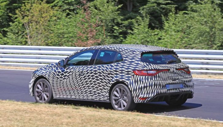 Renault Megane RS Trophy-R, nuovo record al Nordschleife - Foto 5 di 24