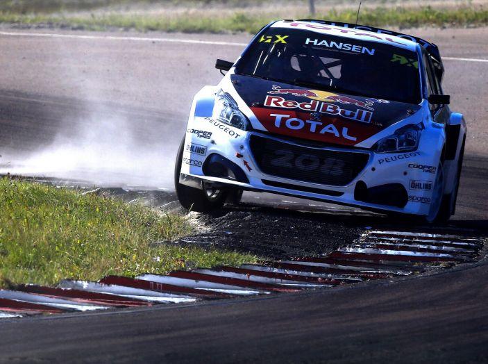 I commenti Peugeot del pregara Rallycross che si disputerà in Canada - Foto 2 di 2
