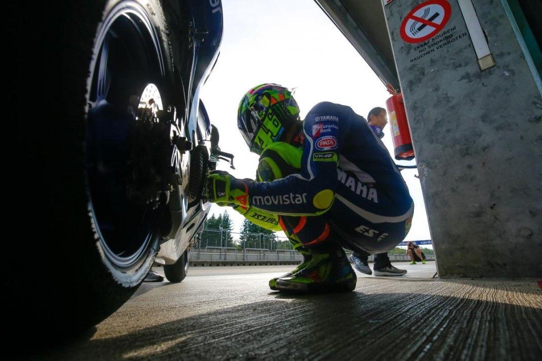 Moto Mondiale, in Repubblica Ceca vince Marquez davanti a Pedrosa. Rossi quarto