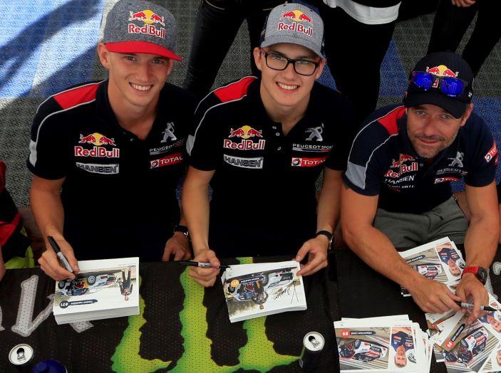 I commenti Peugeot del pregara Rallycross che si disputerà in Canada - Foto 1 di 2