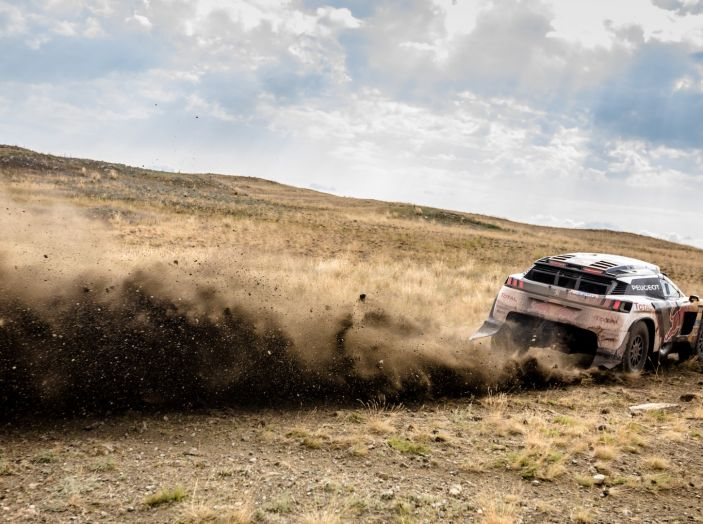 Peugeot 3008DKR ancora in testa al Silk Way Rally - Foto 2 di 5