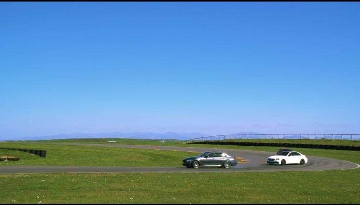 Alfa Romeo Giulia: un guasto nella sfida contro BMW M3 e Mercedes C63 AMG - Foto 16 di 29