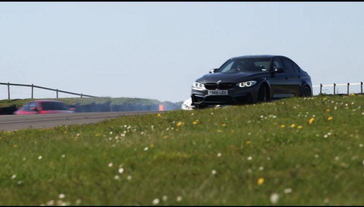 Alfa Romeo Giulia: un guasto nella sfida contro BMW M3 e Mercedes C63 AMG - Foto 2 di 29
