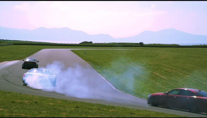 Alfa Romeo Giulia: un guasto nella sfida contro BMW M3 e Mercedes C63 AMG - Foto 8 di 29