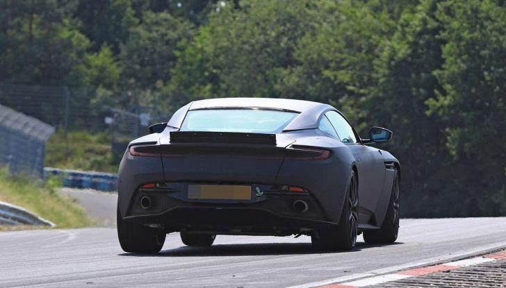 Aston Martin DB11 S, proseguono i test in pista - Foto 14 di 14