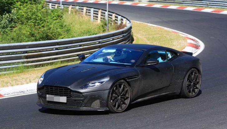 Aston Martin DB11 S, proseguono i test in pista - Foto 1 di 14