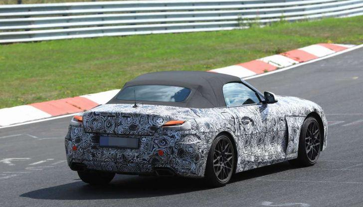 BMW Z5, prime immagini e dettagli della roadster tedesca - Foto 17 di 18