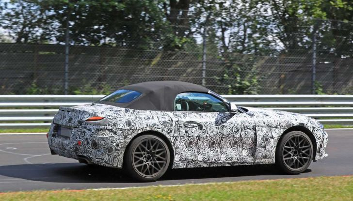 BMW Z5, prime immagini e dettagli della roadster tedesca - Foto 2 di 18