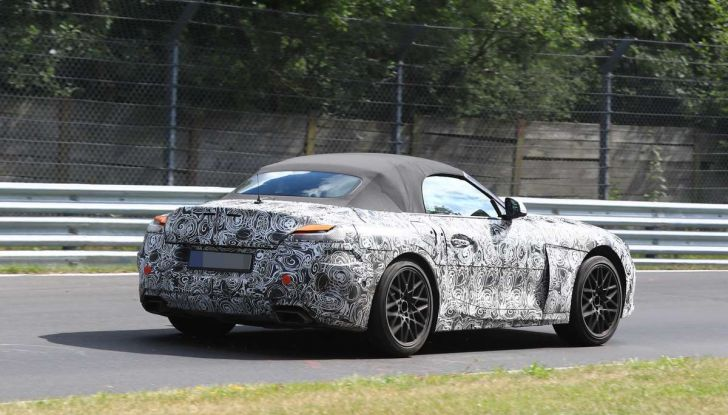 BMW Z5, prime immagini e dettagli della roadster tedesca - Foto 4 di 18