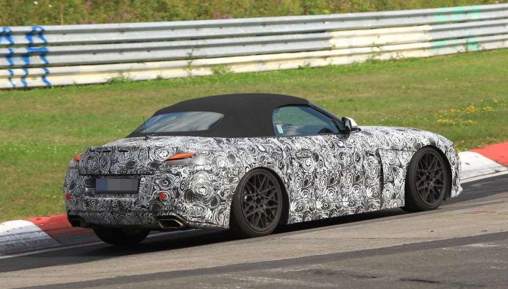 BMW Z5, prime immagini e dettagli della roadster tedesca - Foto 9 di 18