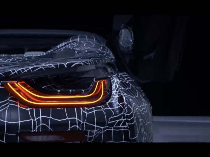 BMW i8 Roadster, l'ibrida dell'Elica verso l'evoluzione - Foto 3 di 12